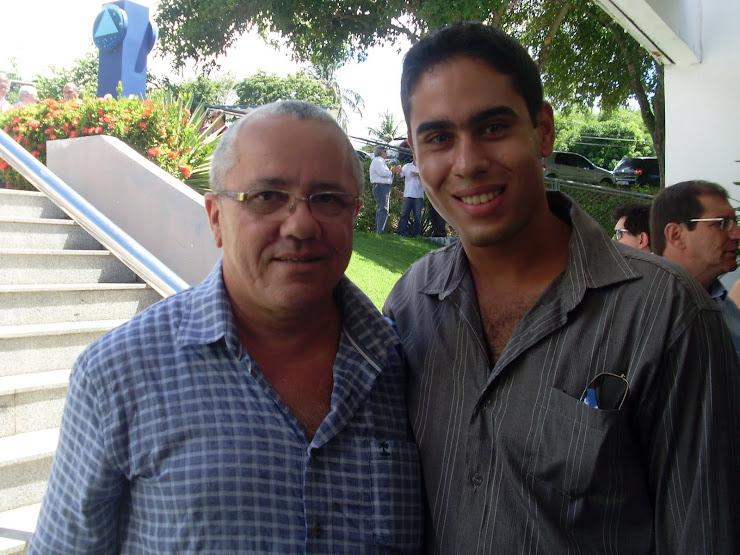 ADRIANO E JOSIAS