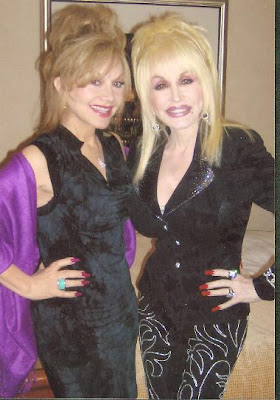 Sisters Working Nine to Five, Stella and Dolly Parton are Cooking