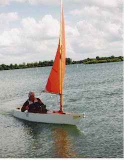 Log Canoe Sailing http://bills-log.blogspot.com/2010/01/sharpy-sharpy-is-15-by-2-6-drop-keel.html