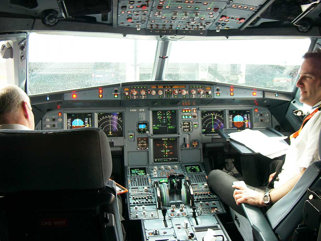 How to be a pilot by ryan copnick for Interieur airbus a340 600