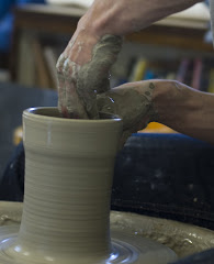 Throwing a pot