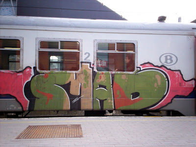 Mad graffiti