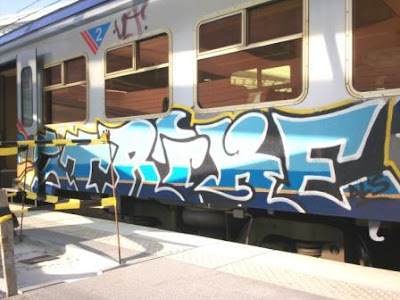 strike-graffiti