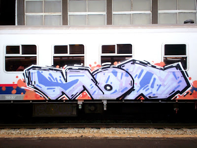 spray-paint-graffiti