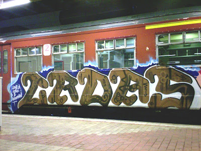 croas graffiti