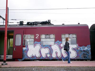 spraycan graffiti artist