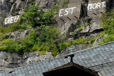 graffiti Nietzsche