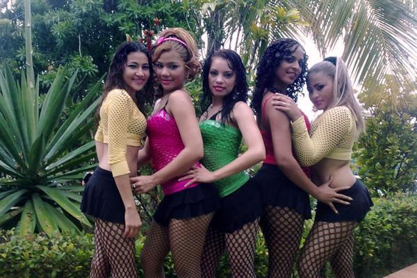Las chicas samba in bus accident honduras