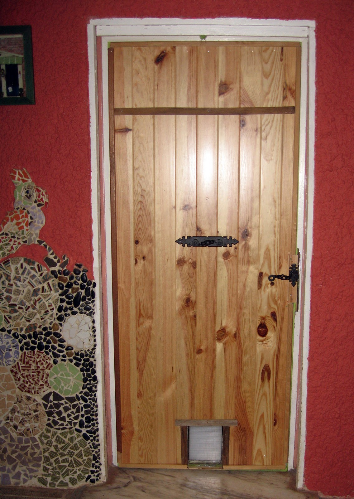 Hacer una puerta de madera excellent premarcos de madera - Como hacer una puerta rustica ...