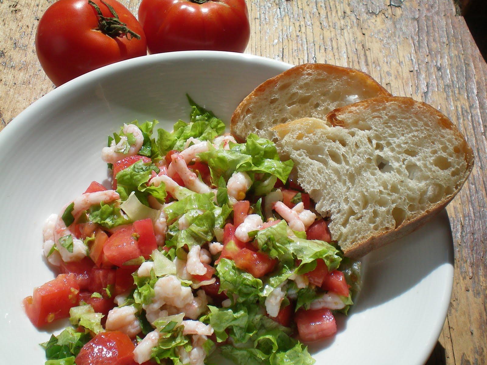 Simple et rafra chissant salade de crevettes nordiques et tomates cuisiner avec micheline - Salade de tomates simple ...