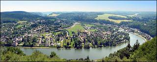 Le point de vue des 7 Meuse à Profondeville depuis la rampe de lancement des deltaplanes. Document T.Lombry.