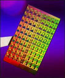 La carte microprocesseur mulicores à 80 coeurs d'Intel. Document Intel.