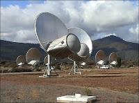 Gros-plan sur les antennes du réseau interférométrique ATA dédié à SETI. Document UCB/Institut SETI.