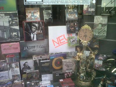 CD Buttek Beim Palais window display