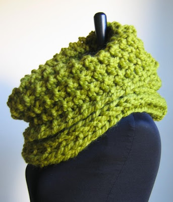chartreuse cowl by happiknits