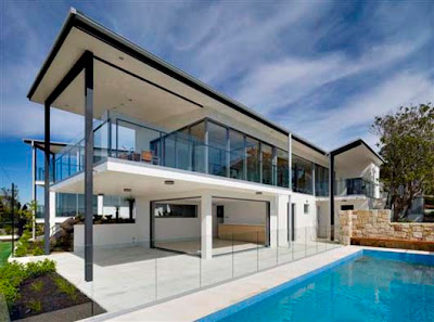 Luxury Home Design With Central Courtyard Exterior Decorating