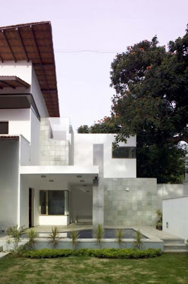 Complete Home Design, Fernandes House in Bangalore, India by Khosla Associates 03