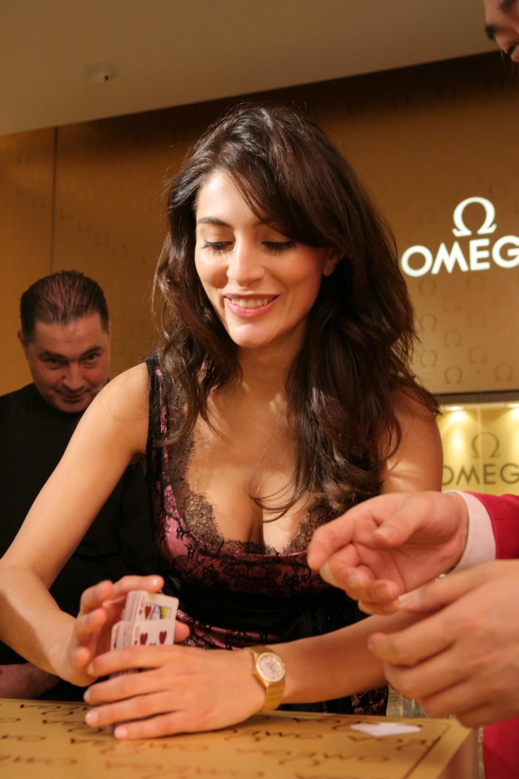 http://3.bp.blogspot.com/_GCAuqodmOE4/TK182YqQSBI/AAAAAAAADOc/58PV-kJ1MtA/s1600/Sexy+Italian+Actress+Caterina+Murino+Photos+%285%29.jpg