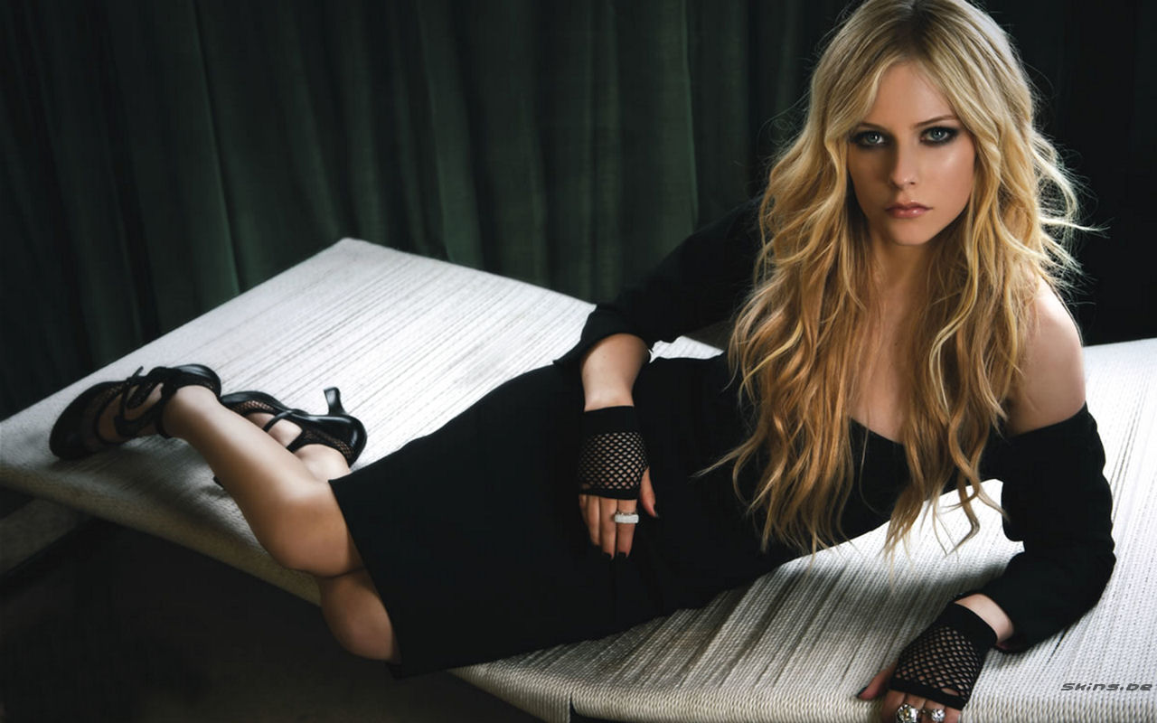 avril lavigne photoshoot