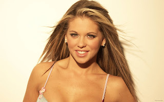 BRITISH GLAMOUR MODEL BIANCA GASCOIGNE