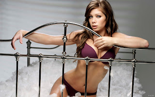Nikki Sanderson Bikini Photoshoot Wallpaper