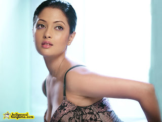 Riya Sen Video MMS Babe