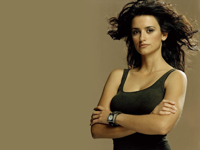 Sexy Spanish Actress Penelope Cruz HD Wallpapers