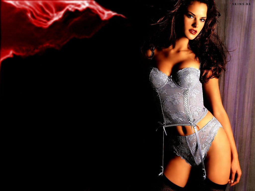 http://3.bp.blogspot.com/_GCAuqodmOE4/TQQgqTBToEI/AAAAAAAAFWE/KsuAS-xPgU8/s1600/Alessandra+Ambrosio+0004.jpg