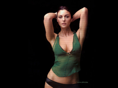 Sexy Italian Actress Monica Bellucci Hot Wallpapers