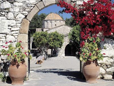 [Moni+Thari,+Rhodes,+Greece.jpg]