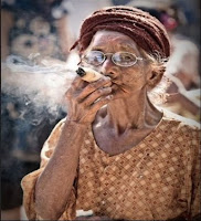 Nenek 90 Tahun Ditangkap Karena Menjual Ganja