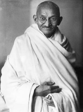 [Gandhi_studio_1931[1].jpg]