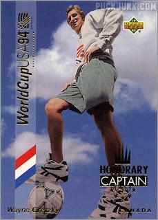 gretzky_soccer_1993_f_zoom.jpg