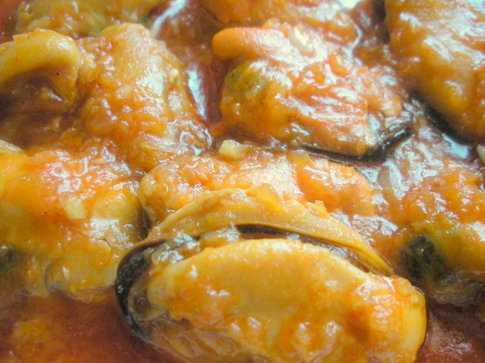 Aqu se cocina mejillones en salsa for Cocinar mejillones en salsa