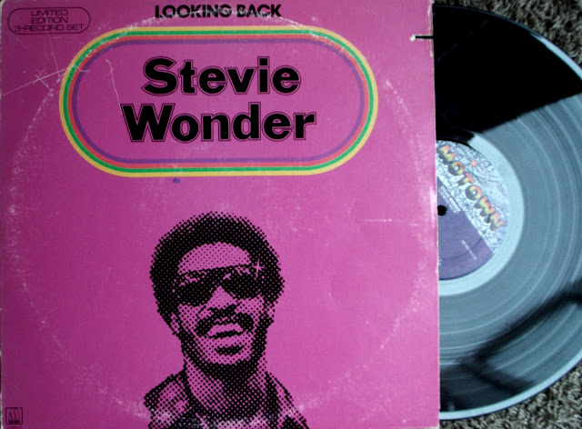 Stevie Wonder - Looking Back ~ Limited Edition 3-Record Set on Motown 1977