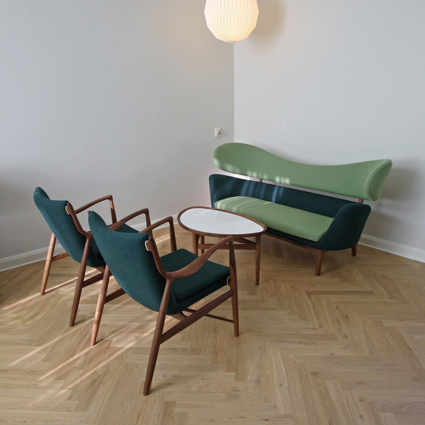 Finn juhl the baker sofa - Finn Juhl Who Is Regarded As The Father Of The Danish Design He Contributed To Introduce In The Usa When He Became World Famous After He Designed The