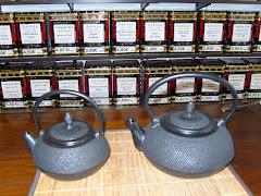 Grand choix de théières en fonte du Japon