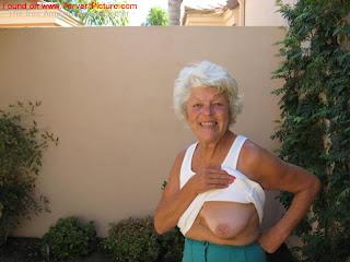Granny Saggy Tits Porn