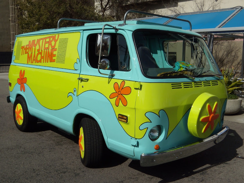 Scooby-Doo The Mystery Machine van