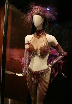 Nine Folies Bergere film costume