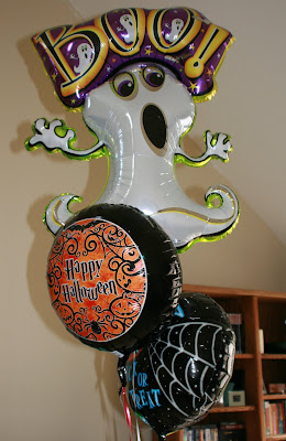 Halloween balloon trio