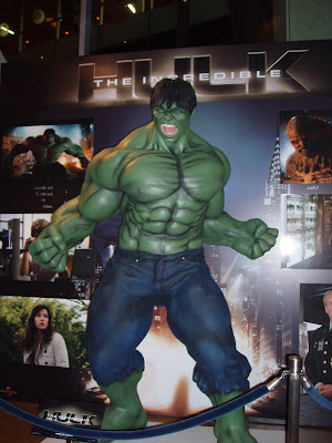 The Incredible Hulk in the Arclight Hollywood foyer