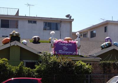 Alternative Easter house