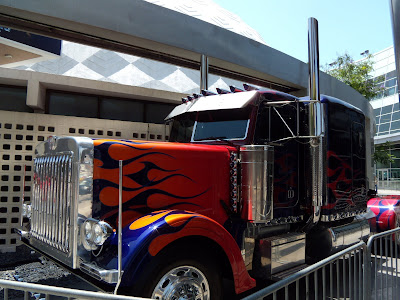 Transformers 2 Autobot leader Optimus Prime truck side view