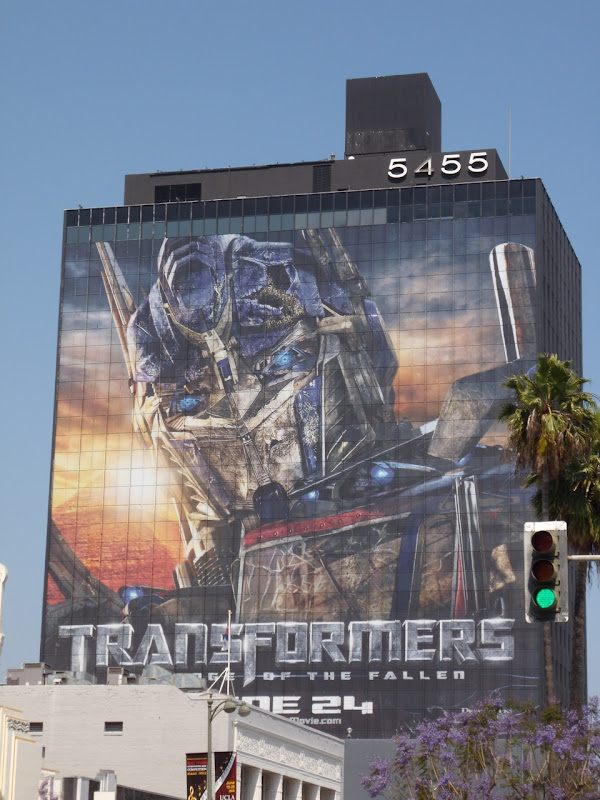 Optimus Prime Transformers 2 film billboard