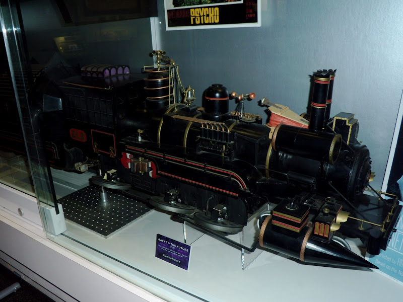 Back to the Future III steam train miniature