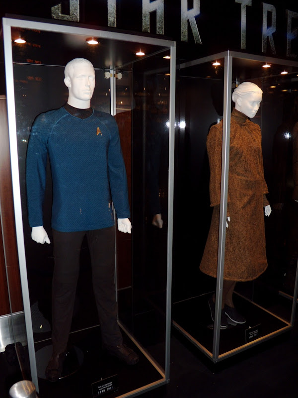 Star Trek new blue Starfleet costume