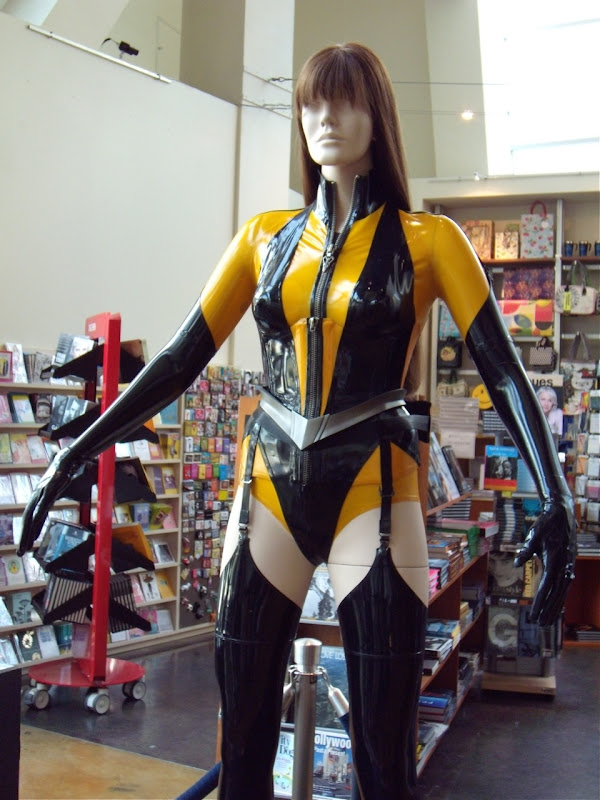 Malin Akerman's Silk Spectre II Watchmen costume