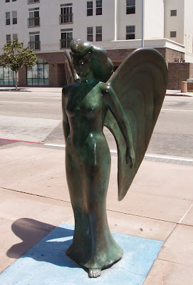 Downtown LA FIDM Gwynn Murrill carved angel