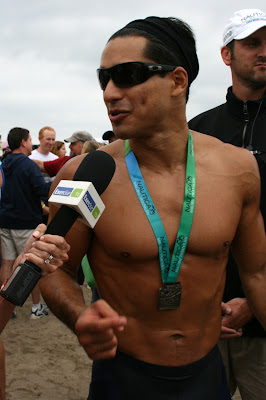 Buff Mario Lopez races Malibu Triathlon